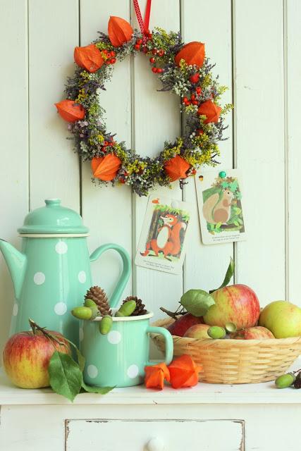 Herbstgefühle + einen Blumenkranz binden