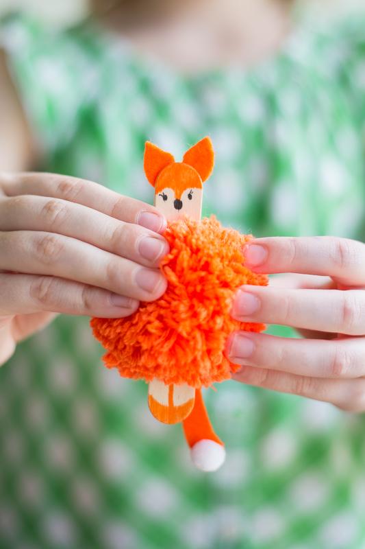 Basteln mit Kindern - Pom Pom Tiere