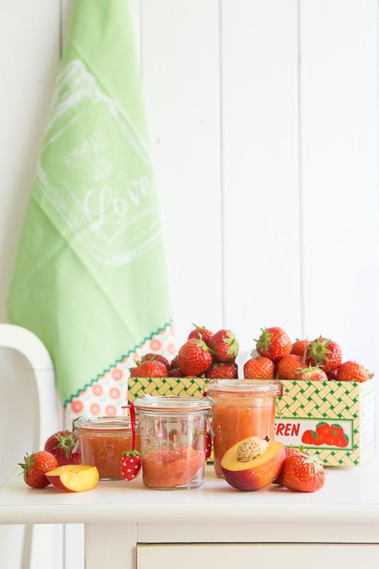 Sommer + Erdbeeren = Marmelade